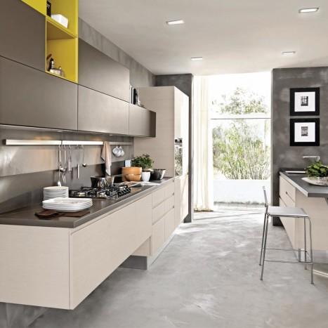 Cucina_Lube linda Rovere eccrù-grigio grafite-giallo ambra