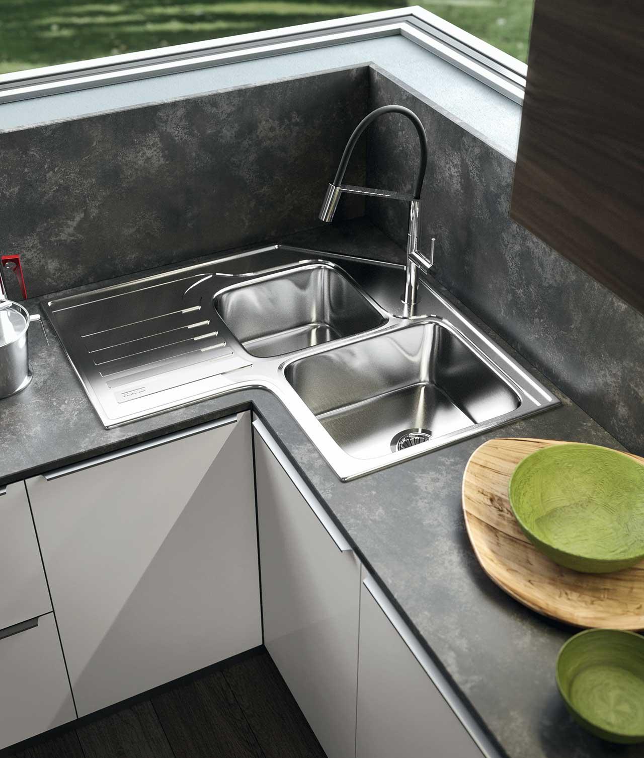Lavello cucina angolo trendy la vista immagine di x for Lavello cucina angolare