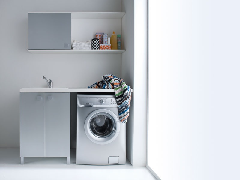 ... Arredamento completo / Ripostiglio e lavanderia / Lavanderia / Idrobox